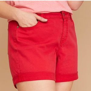 Lipstick 💄 Red Dyed Denim Shorts